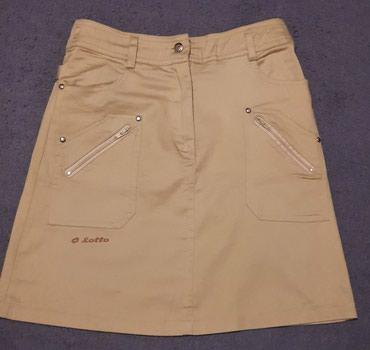 Lotto suknjica bez boje,nenosena,velicina S,ima dzepove i napred i - Krusevac