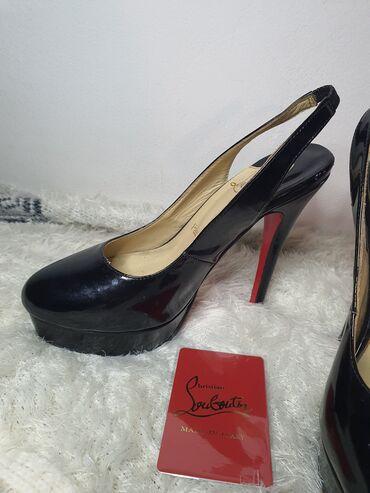 Sako bordo kom - Srbija: Louboutin original cipele sa otvorenom petom, plaćene su 450 eura u It