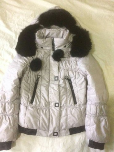 куртка детская размер М  зима идеальное состояние мех натуральный в Бишкек