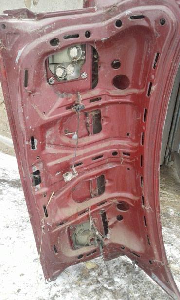 Крышка от багажника на Ауди 80 в Семеновка