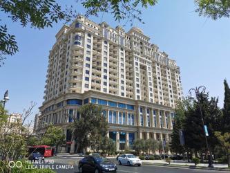 bəs-5 - Azərbaycan: Mənzil satılır: 3 otaqlı, 166 kv. m