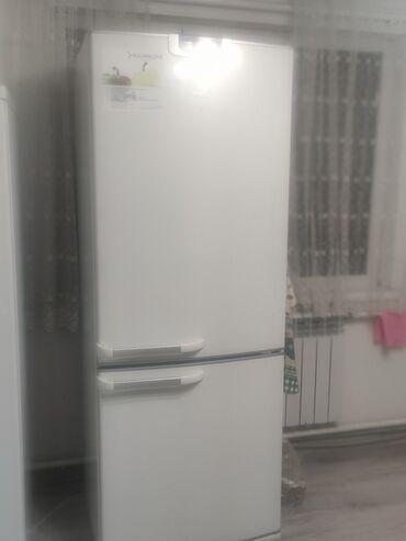 продаю холодильник бу in Кыргызстан   ХОЛОДИЛЬНИКИ: Требуется ремонт Двухкамерный   Белый холодильник Bosch