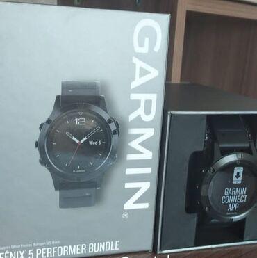 Личные вещи - Кировское: Продам мультиспортивные часы Garmin Fenix 5 Sapphire edition