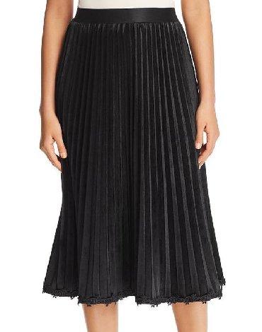 черные женские юбки в Азербайджан: NEW. Американский бренд LE GALI. Юбка женская. Материал: велюр-шифон