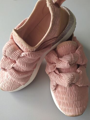 ZARA kids shoes 33 size