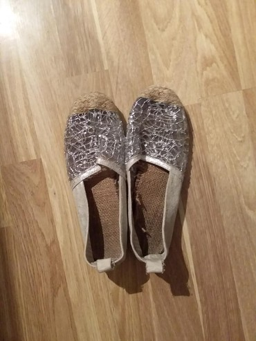 stoleshnitsa iz kamnya в Азербайджан: Женские туфли 38