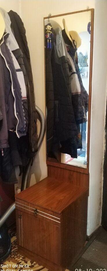 т т к н 2 класс в Кыргызстан: 1. Тумба + зеркало для коридора 2. Для кухни стол + диванчик угловой