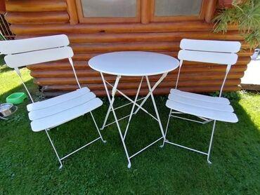 ️ Balkon metalni set, sto i dve stolice ️ Bela i crna boja Izuzetno