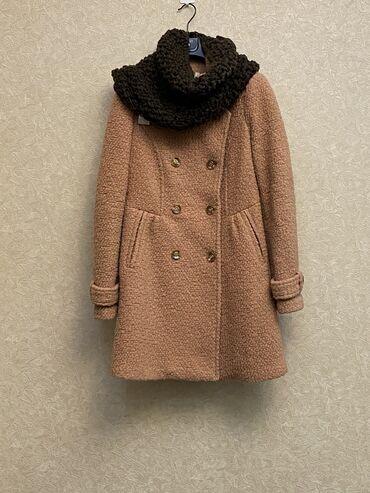 Пальто шерсть 100% Шарфик был в комплекте  Очень женственный нежный