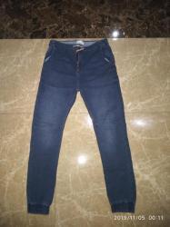 брюки джинсы комбинезоны в Азербайджан: Утеплённые брюки для мальчика материал джинсы . Пояс на верёвке. Фирма