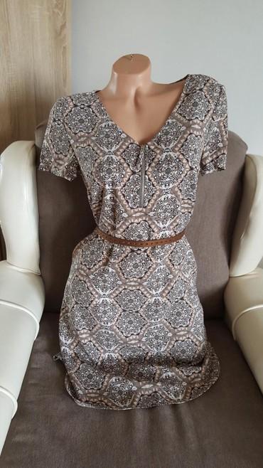 Nju-jorkeru - Srbija: Yessica nova haljina, kais ne ide uz nju, moze se kupiti odvojeno