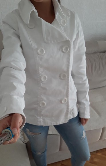 Hm-jakna-m-popust - Srbija: Bela jakna HM veličine 36