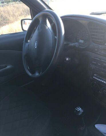 черный ford в Кыргызстан: Ford Fiesta 1.3 л. 2001   134000 км