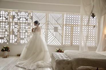 Свадебные платья и аксессуары - Кыргызстан: Свадебное платье ! На продажу или прокат!