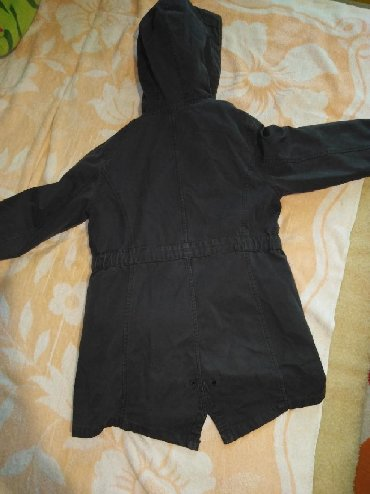 Jakna-postavljena-jesenja - Srbija: Zara jakna postavljena 5-6. Očuvana jakna koja je postavljena krznom a