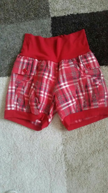 Ženska odeća | Pirot: Sorc pantalocice karirane velicina S