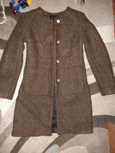 Женская одежда в Боконбаево: Пальто новый абсолютно!Осень Зима цвет коричневый модный