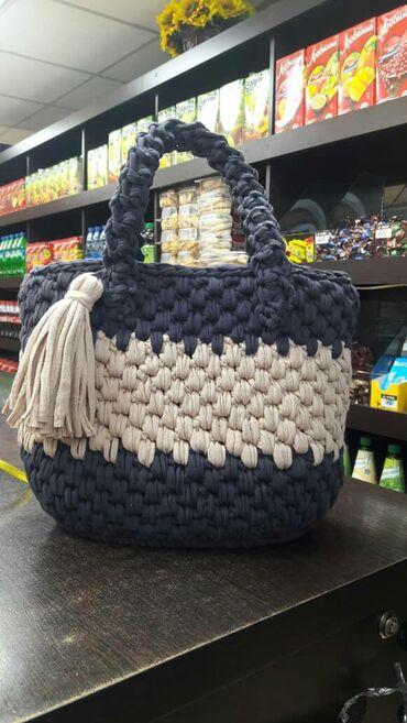 Продажа вязальных изделий делаем на заказ по желанию клиента сумки