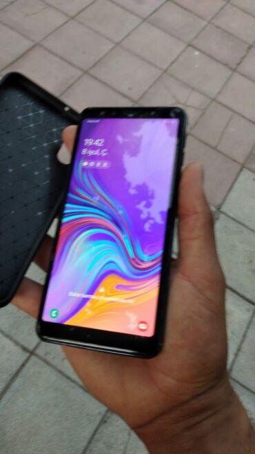 Galaxy A7 2018 128 GB satilir.her weyi var.problemsiz telefondu