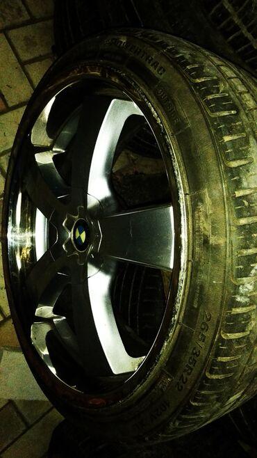 bmw x6 xdrive40d steptronic в Кыргызстан: Стильные BMW x5, x6. r22 jj10 et30 Italia Original  Ровные целые родна