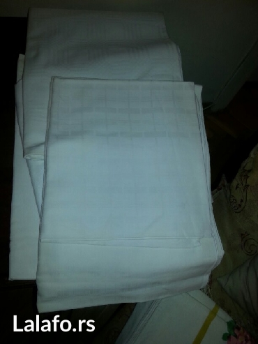 Akcija-prodaje se kesa belih stoljnjaka od damasta 20 e - Crvenka
