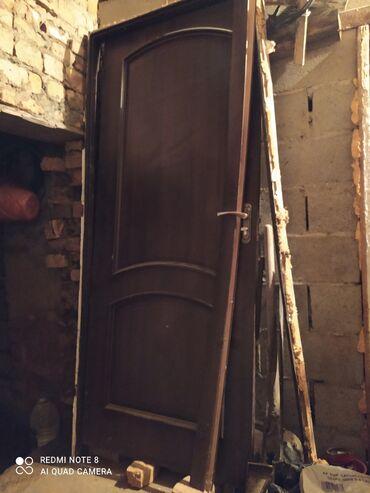 352 объявлений: Дверь меж комнатная в отличном состоянии, с замком, 3500 сом торг