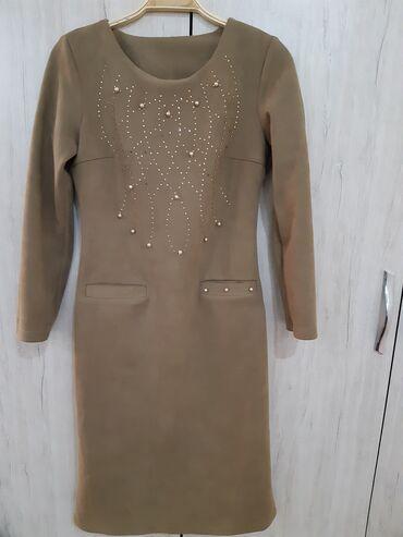 Платья в отличном состоянии, размер 42-44,S,ткань