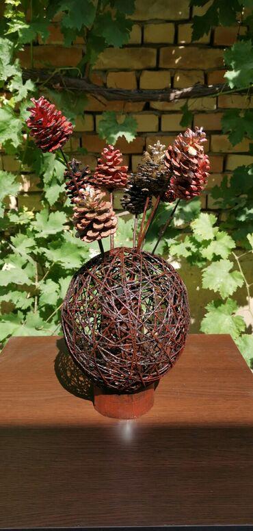 Kućni dekor - Ruski Krstur: Vaza Okrugla vaza od kanapa, visine 24cm. Prodaje se sa ukrasnim