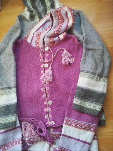 Duži džemperi sa kapuljačom vel XL, sivi i boja ciklame vrlo