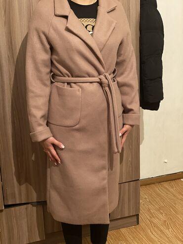 Продаю Деми пальто ! Новая !