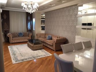 sutkalıq ucuz mənzil - Azərbaycan: Gündəlik kirayə mənzil 1 günü 60-80 azn 28 may metrosu 120 kvm 16-8 de