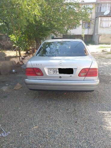 Mercedes-Benz - Gəncə: Mercedes-Benz E 240 2.4 l. 1999   220000 km