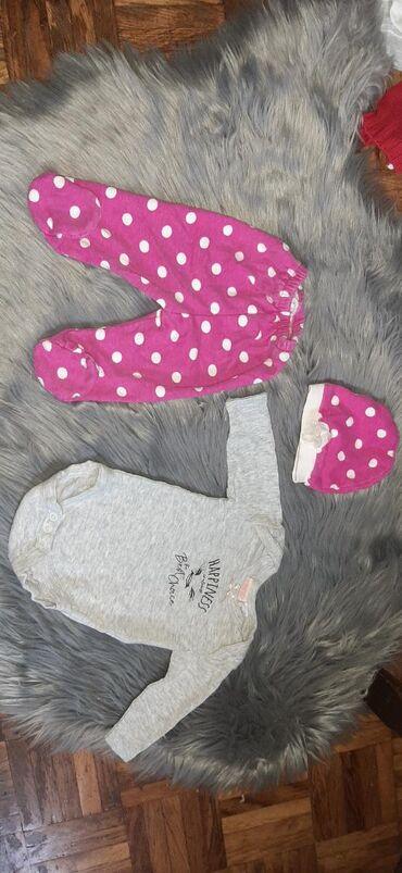 Garderobica za bebu 0-3 meseca (paketic bez bodi haljinice belo roze)