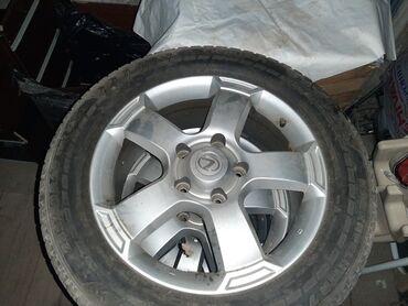 шипованные шины б у в Кыргызстан: Продаю диски с шипованными шинами на Лексус 470-570, Ленд Крузер 100-2