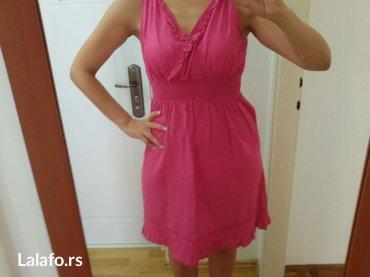 Prelepa haljinica,divno stoji i jako je prijatna. Vel. Je univerzalna  - Plandište