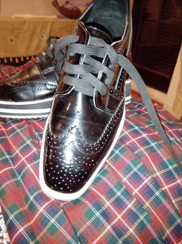 Cipele kozni lak kao. nove br 39 - Crvenka
