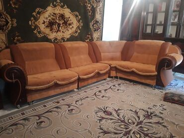 Мебель - Кызыл-Кия: Диваны