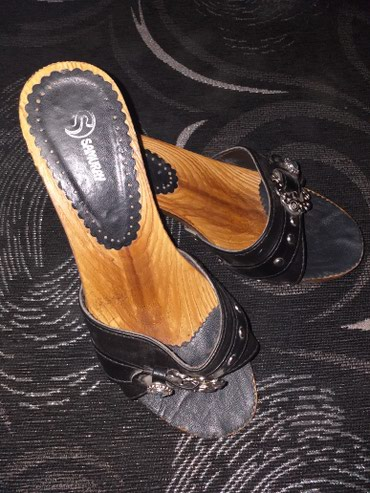 Papuce-nanule br.37 jednom-dva puta obuvene prelepo stoje - Bujanovac