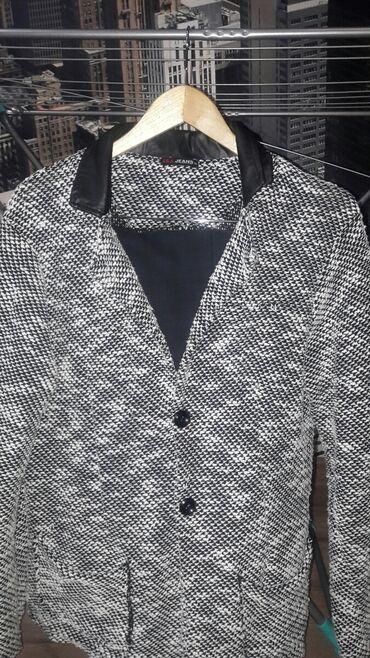 К сведению мужчин хочу предложить купить стильный и экслюзивный пиджак