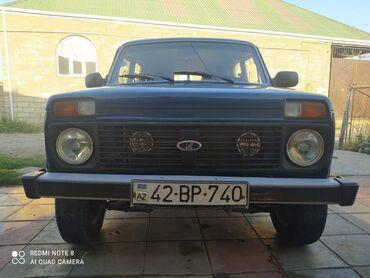 niva satilir ucuz in Azərbaycan | VAZ (LADA): VAZ (LADA) 4x4 Niva 1.6 l. 1998 | 24546 km
