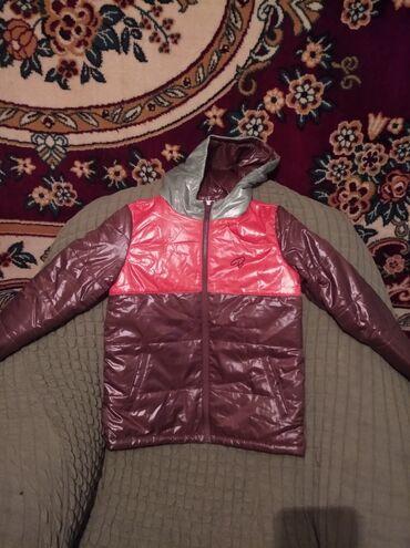 Куртки по 500 сом в г. Каракол новые