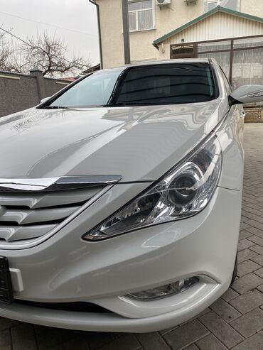 телевизор сони с подставкой в Кыргызстан: Hyundai 2 л. 2011 | 96500 км