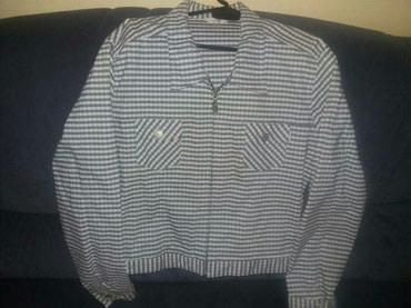 Jaknica h m - Srbija: Jaknica na prugice iz Svajcarske. Malo nosena jaknica, prijatnog