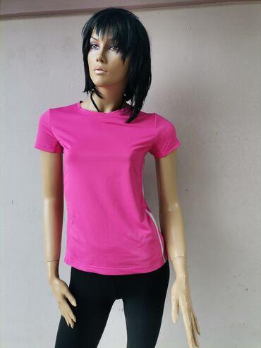 Majce po ceni - Srbija: Pink sportska majica kao nova Velicina S Pogledajte i ostale moje ogla
