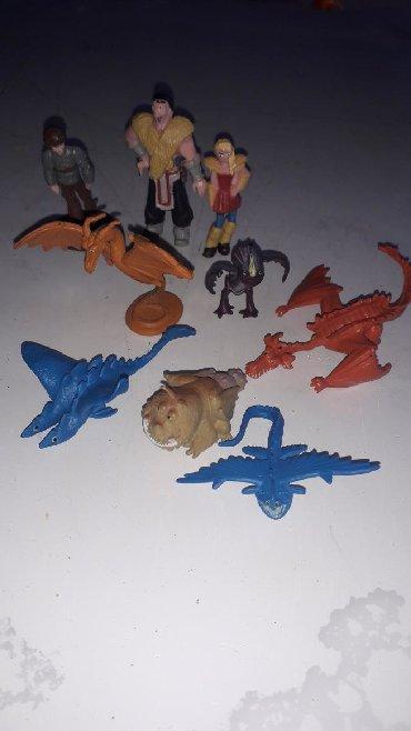 Zmajevi 9 malih figura