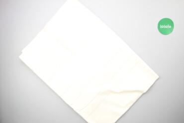 Відрізок тканини   Довжина: 600 см Ширина: 135 см  Стан гарний, є плям