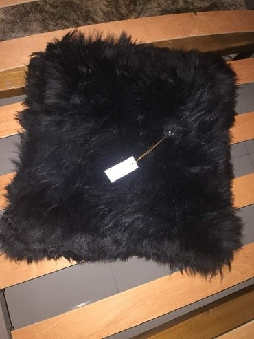 Подушка меховая черная 40 х 40 см. в Бишкек