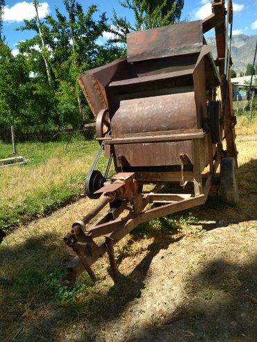 Трактор МТЗ 50 мотор 80 на запчасти 2 комбайна, планировка, соко. в Бакай-Ата