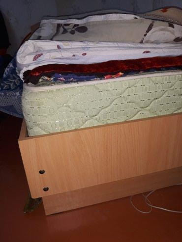 Продаётся односпальная кровать с матрасом лина. состояние хорошее в Бишкек