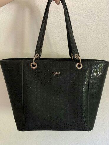 Guess original velika torba, kupljena u Svajcarskoj, placena